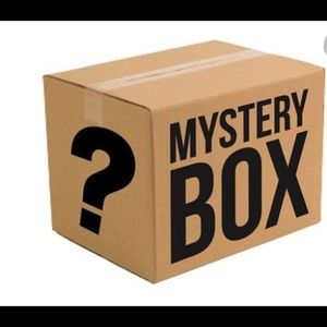 MYSTERY BEAUTY BOX W 12 FULL SIZED M, NEW PRODUCTS